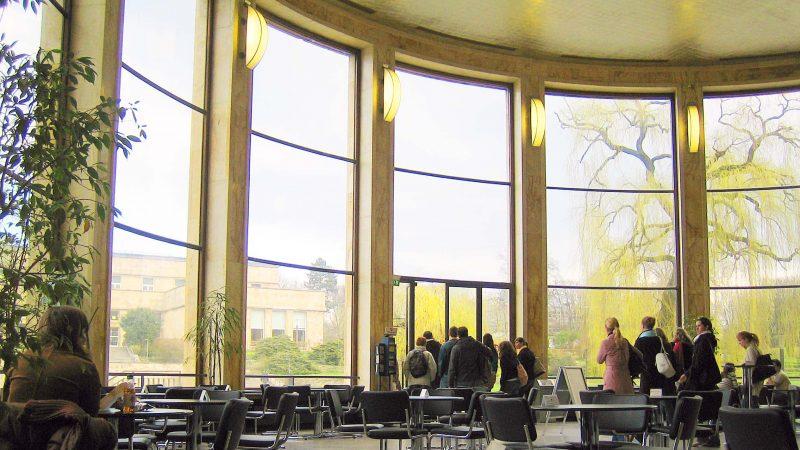 You are currently viewing Ein Haus taucht aus der Geschichte auf – vom Poelzig Bau zum Uni Campus Westend