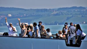 """Read more about the article """"Menschen in der Sonne"""""""